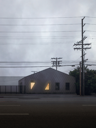Altered image. Original photograph by Taiyo Watanabe.